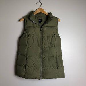 GAP Hunter Green Puffer Vest